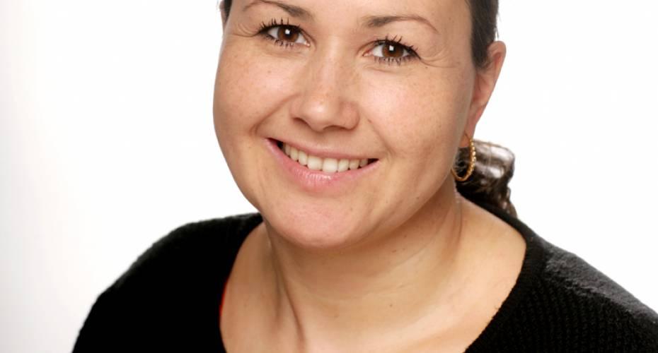 Aaja Chemintz Larsen, IA