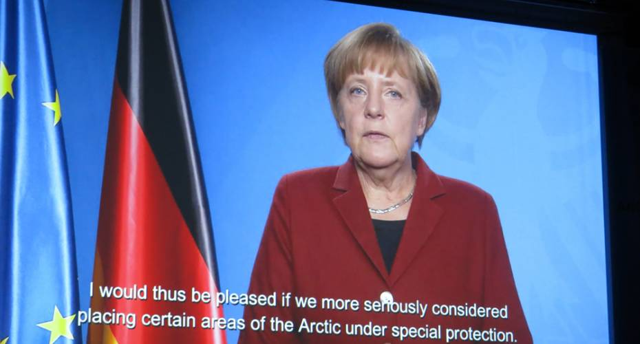 Angela Merkel, storskærm, Arctic Circle 2014, Harpa, Island