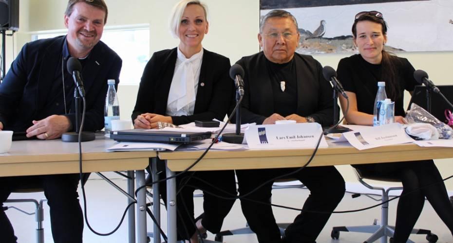 Vestnordisk Råd, præsidiet. Bill Justinussen, Lars Emil Johansen, Unnur Brá Konraðsdóttir, Inga Dora G. Markussen