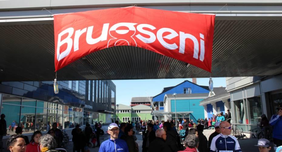 Brugseni, familieløb, Nuuk