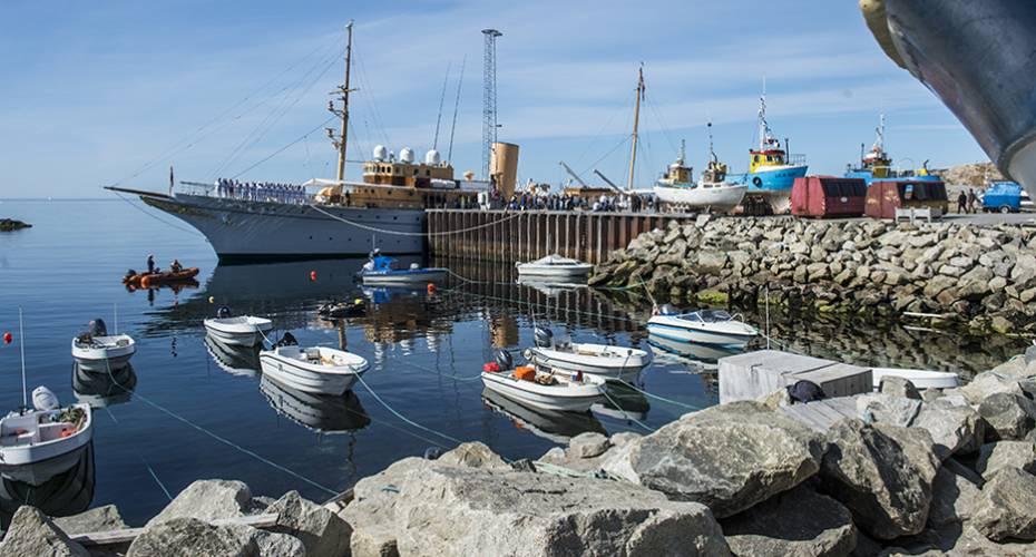 Dannebrog, Upernavik, 110715