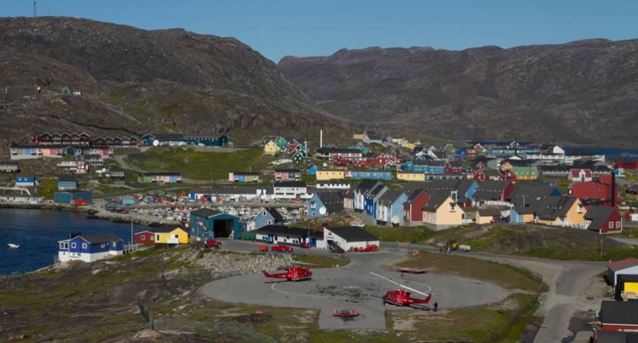 Heliport, Qaqortoq, Bell-212