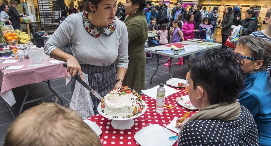 Se billeder: Kendte kvinder deltog i Den Store Kagedyst