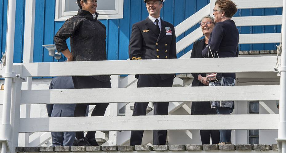 Kronprinsfamilien i Nuuk, Skt. Georgsgildet, GM-fodbold, formanden for Nalakkersuisut Aleqa Hammond