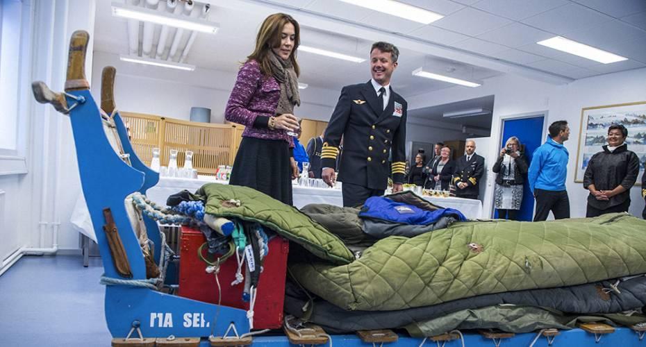 Kronprinsfamilien i Nuuk, Arktisk Kommando, Sirius slæde