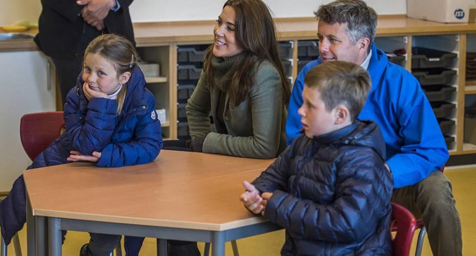 Ny skole, sekskanten, kronprinsfamilien, Nanortalik