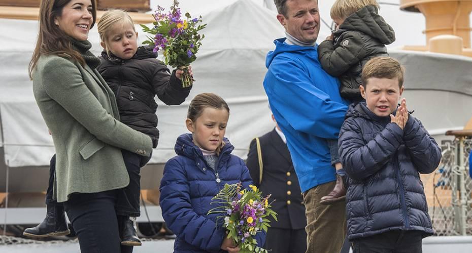 Kronprinsfamilien, Nanortalik