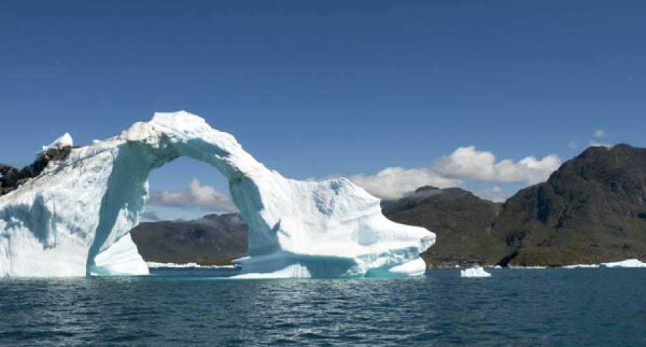 6790678f Så længe Grønland er en del af rigsfællesskabet, så hører udenrigs- og  sikkerhedspolitik fortsat under Folketinget. Venstre stejler over udmelding  om ...