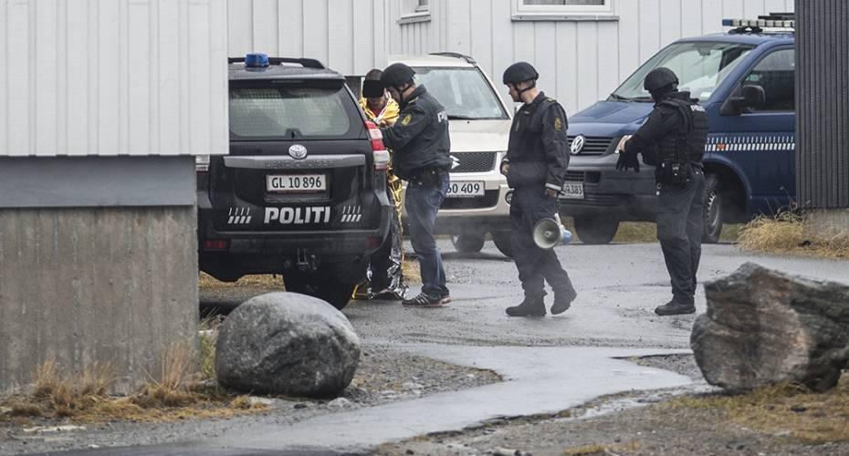 politiet anholdelse solrig leone blowjob video